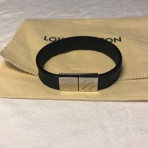 💯 AUTHENTIC/NEW Louis Vuitton Pull It Bracelet
